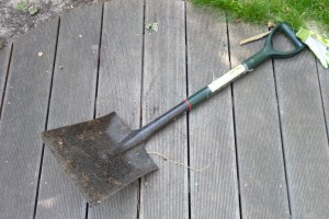 Lawn tools - a good spade