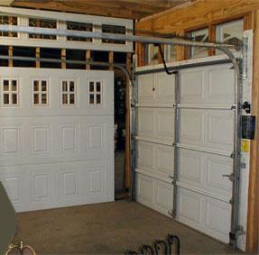 Garage Door Showing Mechanism